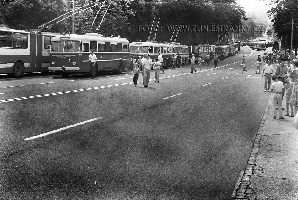 1989 - nadjezd na Jižní svahy - městská doprava